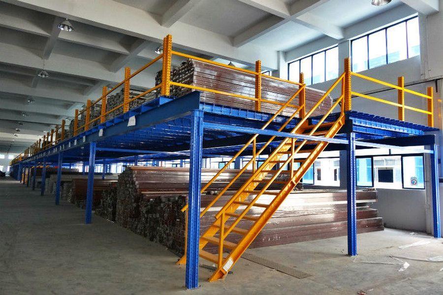 Galpão industrial com mezzanine