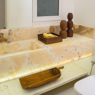 Instalação de bancada em mármore