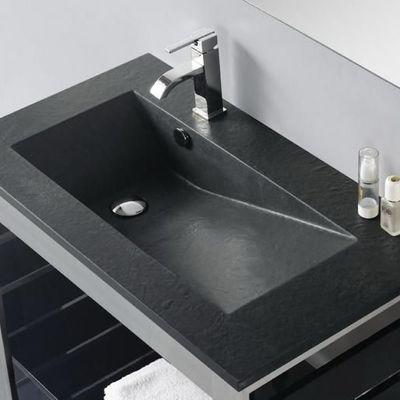 Instalar bancada de ardósia em casa-de-banho