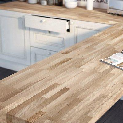Instalar bancada em madeira na cozinha