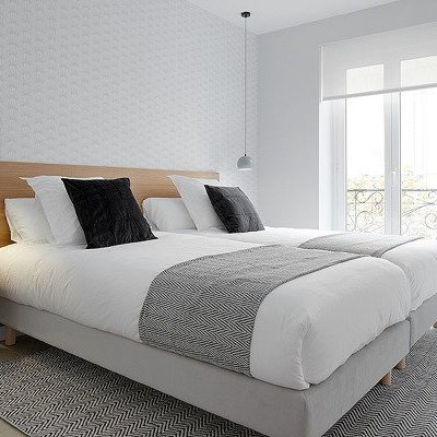 Invista no papel de parede ao remodelar o apartamento