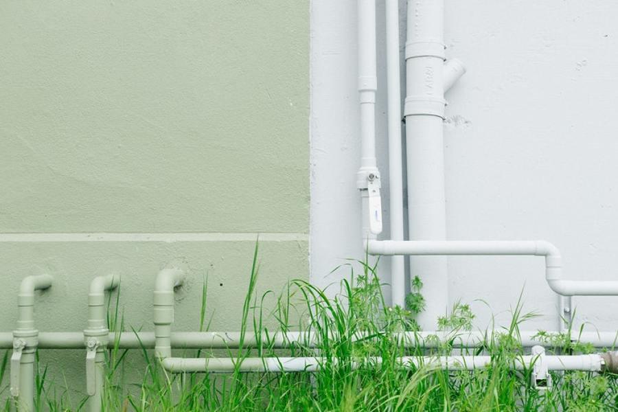 Reparação e detecção de fugas de água
