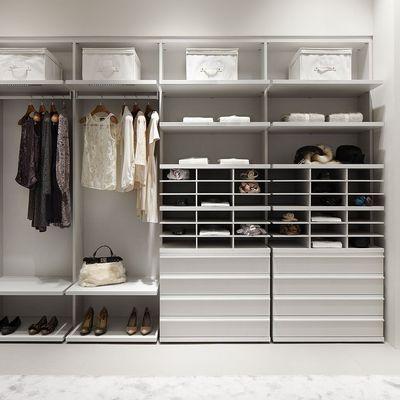 Remodelação de closet com móveis standard