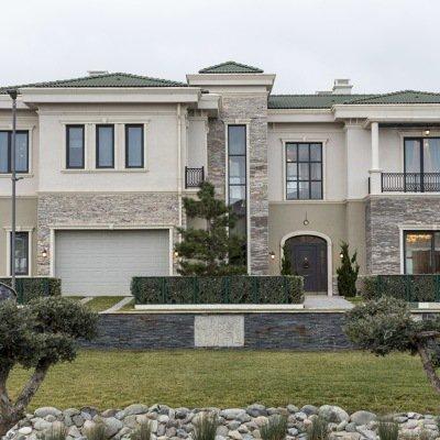 Construção de casas com acabamentos em pedras
