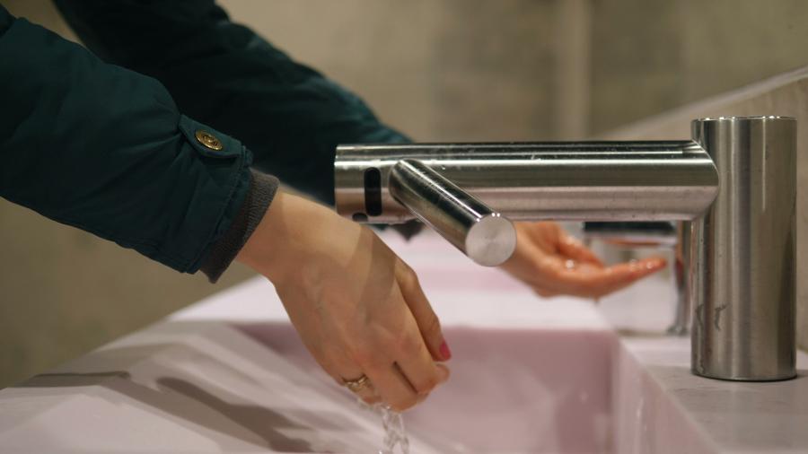 Substituição de louças de cozinha, WC e torneiras