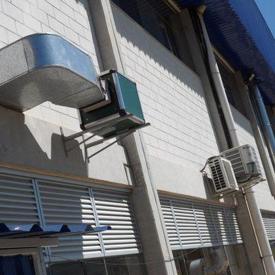 Colocação de ar condicionado em fachada