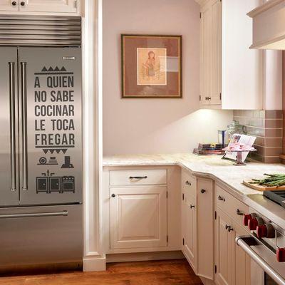 Aplicação de vinil no frigorífico