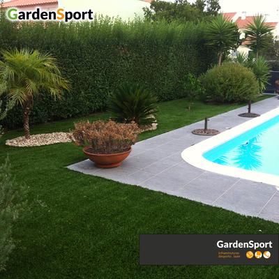 Jardim em relva sintética - Palmela