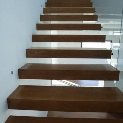 Construção de Escadas