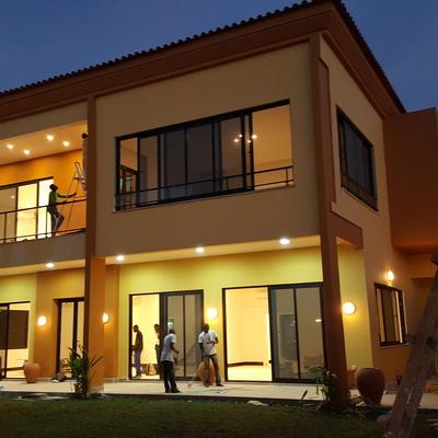 Iluminação de fachada