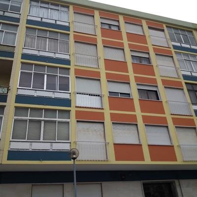 Pintura de azulejo na fachada principal