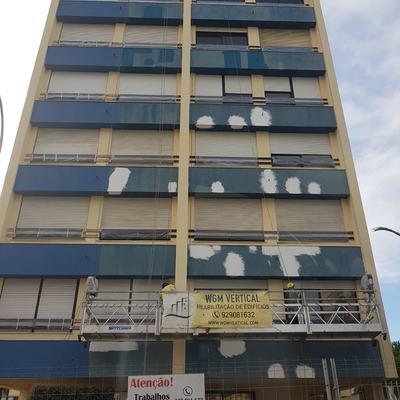 Pintura e Impermealização de fachada com Plataforma Suspensa.