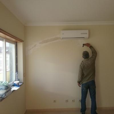 Aplicar pre instalação e instalacao de um aparelho de ar condicionado