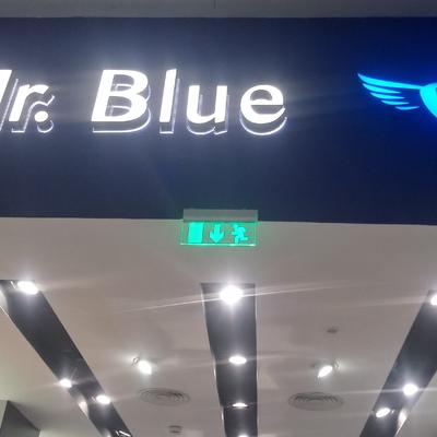 Pintura Fachada e Letreiros Mr. Blue