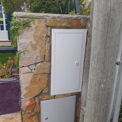 Substituição caixa de contador e portinhola