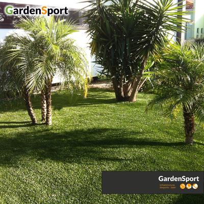 Jardim em relva sintética - Algeruz