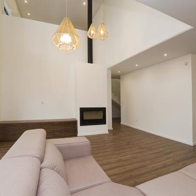 Interiores de Habitação Uni-familiar V.N de Gaia