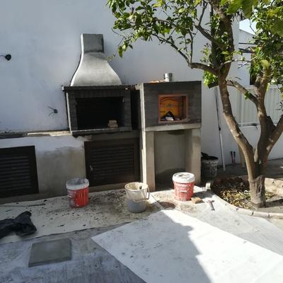 Construção de forno e churrasqueira