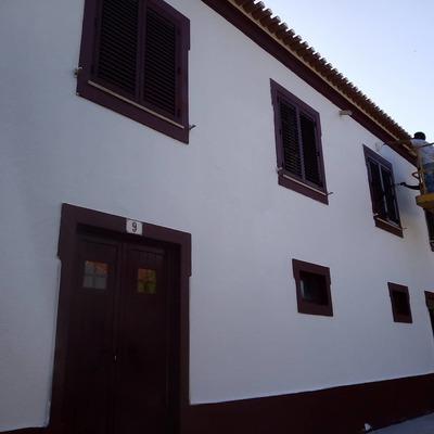Pintura e reparação de fachada