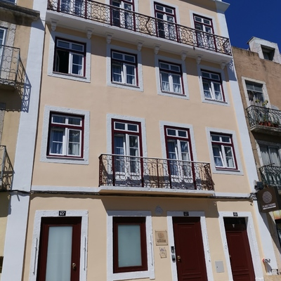 Reabelitaçao de edifício interior e exterior em Lisboa