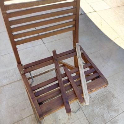 cadeira a ser restaurada