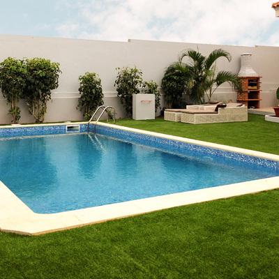Csontrução de piscina e arranjos exteriores