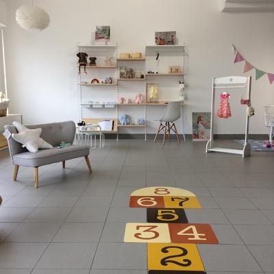 Interior da loja Maria Castanha