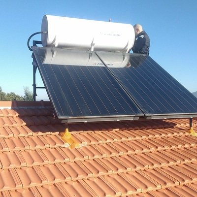 Instalação de Painel solar termossifão