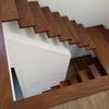 Revestimento de escadas em cimento.