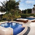 2 piscinas exteriores - dia