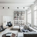 sofa cinzento