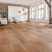 #1. O piso vinílico, um grande imitador