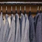 camisas acinzentadas