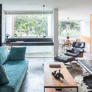 Sala de estar ampliada e zona de refeição