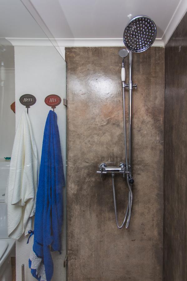 A casa de banho em microcimento