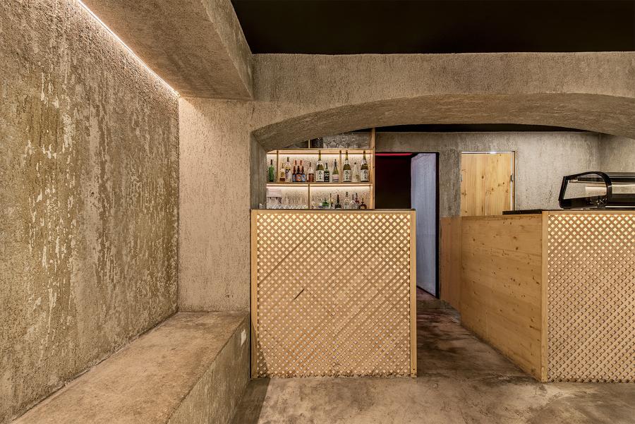 Balcão de Bar (esq.) e Balcão de Restaurante (dir.)