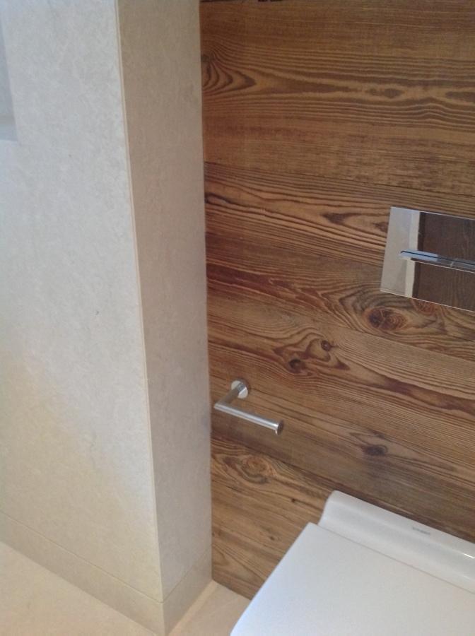 Casa de banho mármore e madeira
