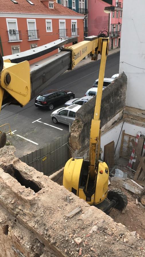 Demolicao e Escavação