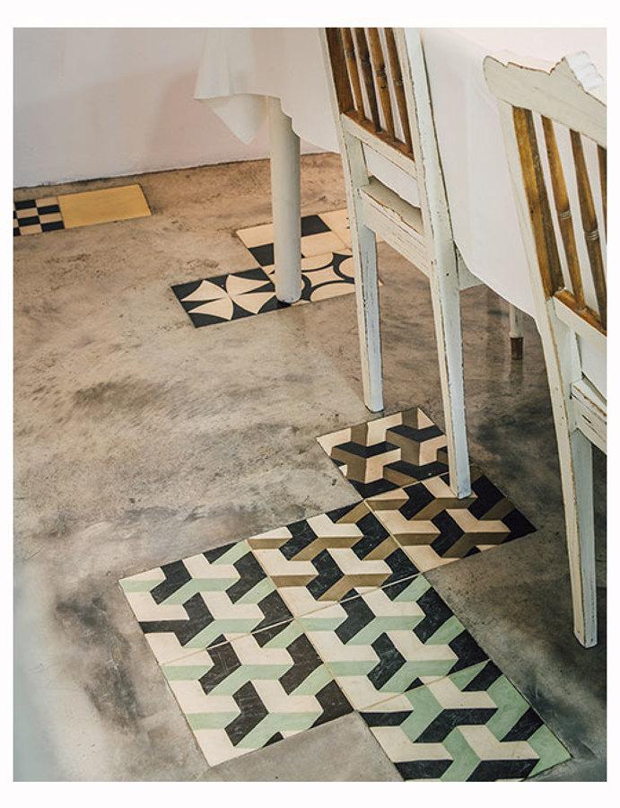 Detalhe do chão na sala de jantar