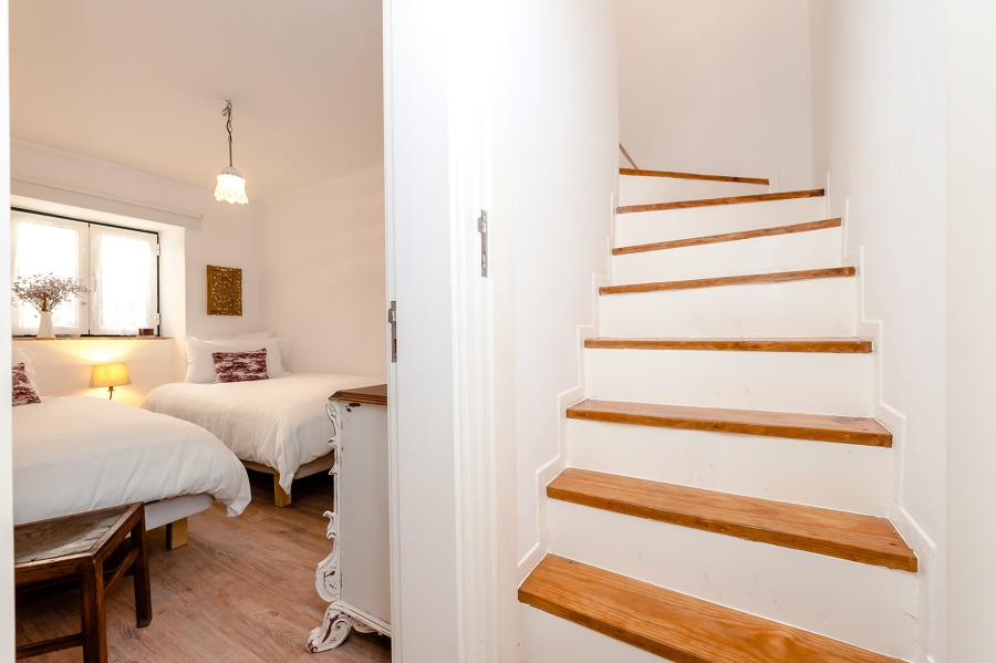 Escadas para o 1º piso