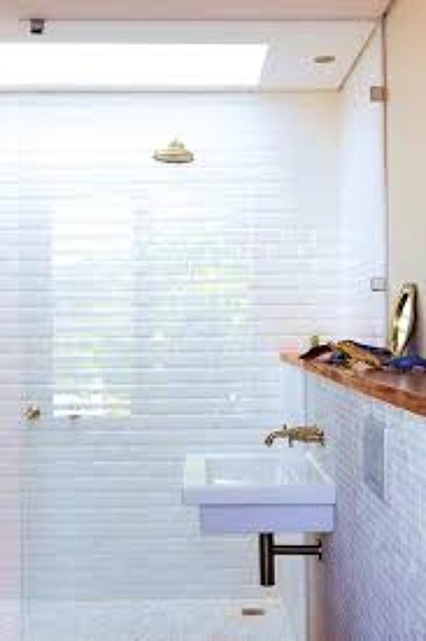 Iluminação para casas de banho sem janelas