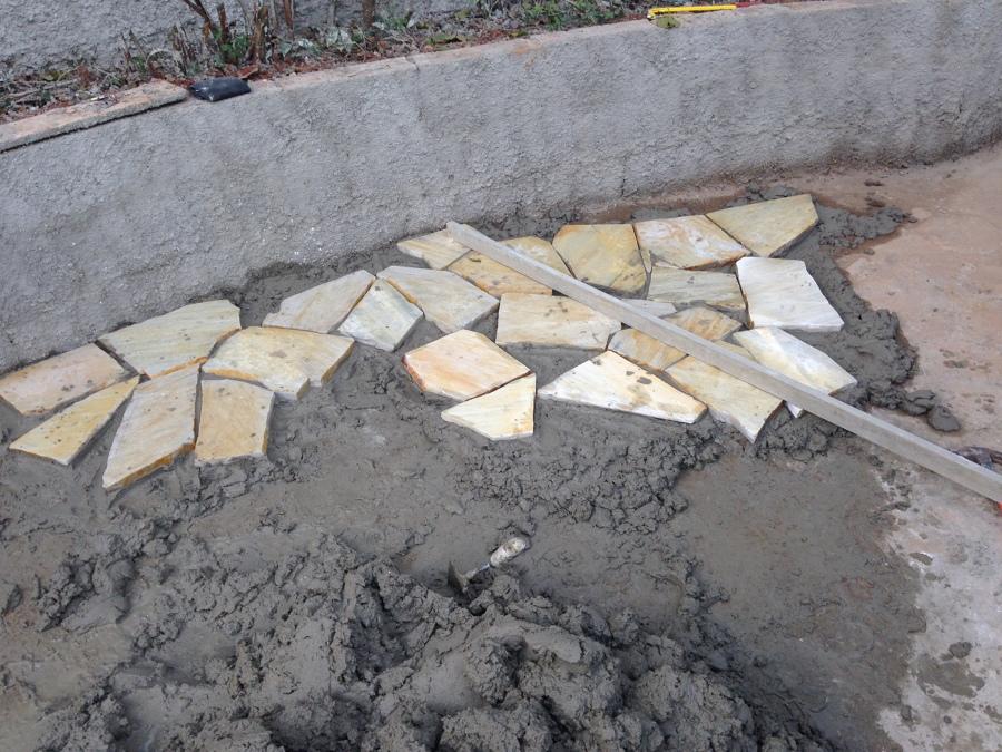 Início da instalação das pedras
