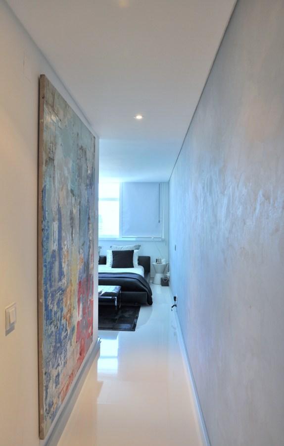 Interior e acesso à suite