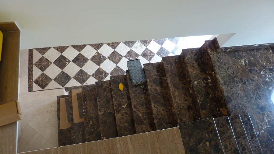marmore na escada