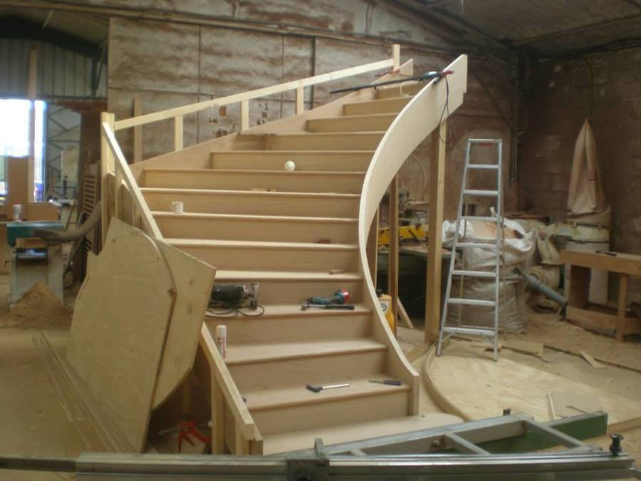 Fabrico escada curva3.jpg