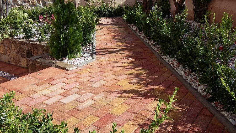 pavimento exterior barro