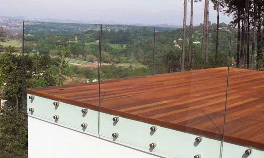 Proteção de terraço em vidro