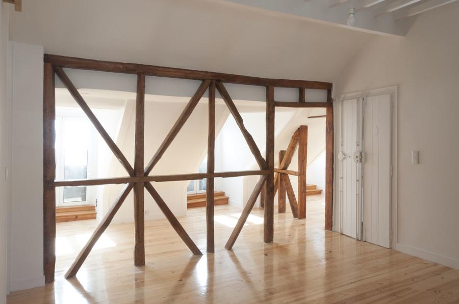sala e vista de janelas