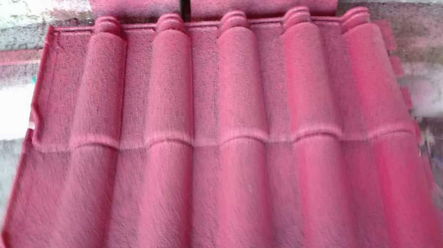 Telhas isoladas com corcho projetado