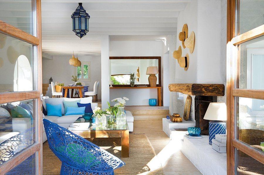 Uma sala Mediterrânica, com madeira recuperada
